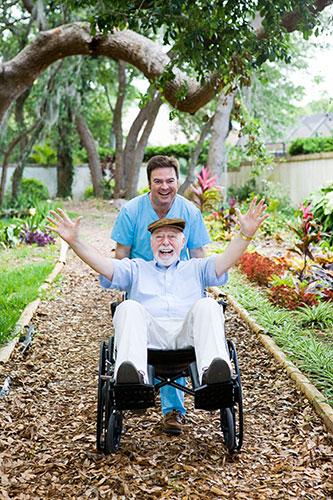 Rollstühle für Senioren und gehandicapte Menschen